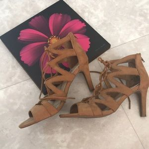 Fergalicious Suede Heels Sandals 7.5